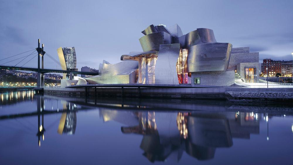 Solomon R. Guggenheim Museum, Bilbao – architectural wonder