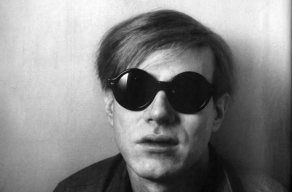 Sunglasses Inside – fashion mistake