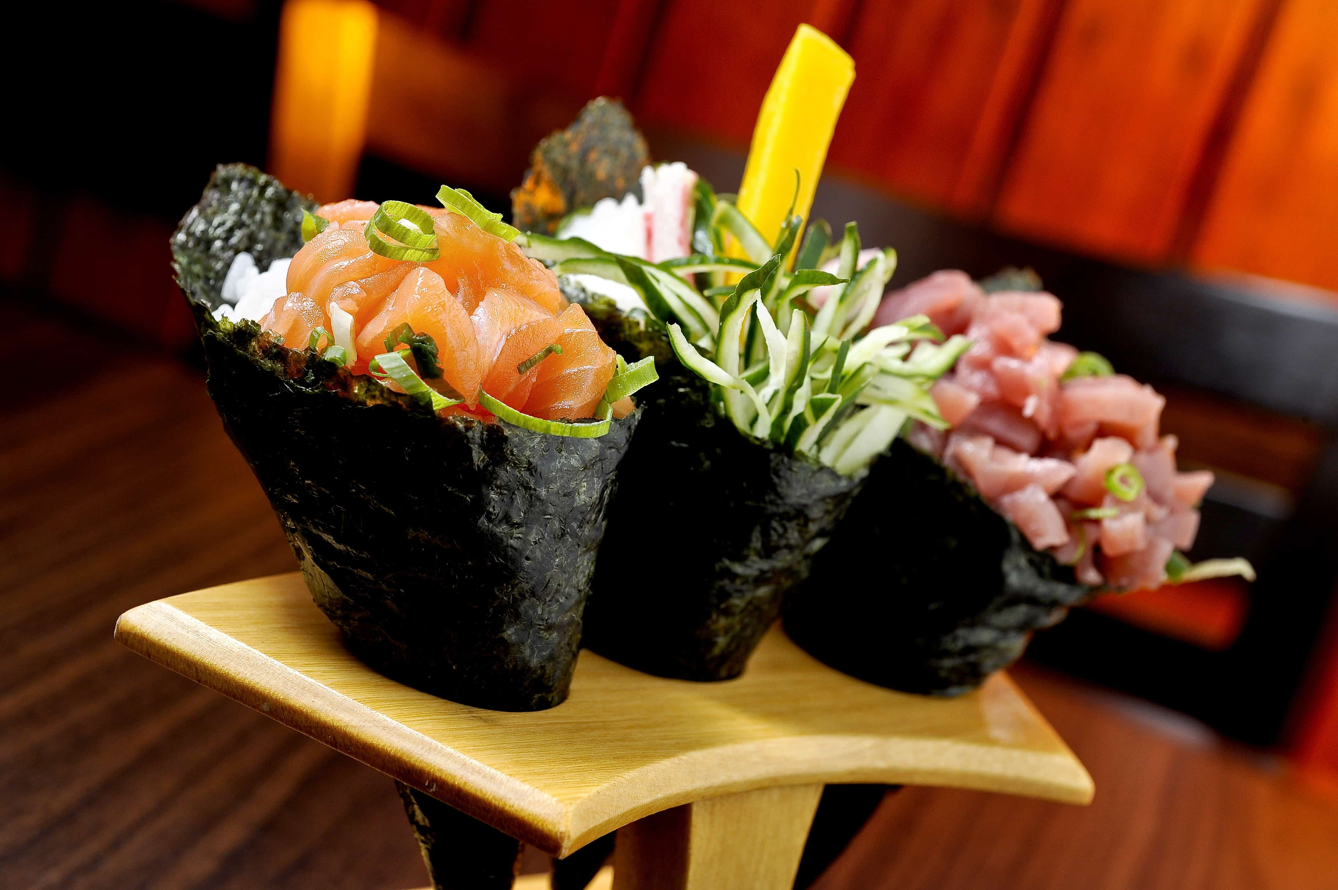 Temaki – how to eat sushi