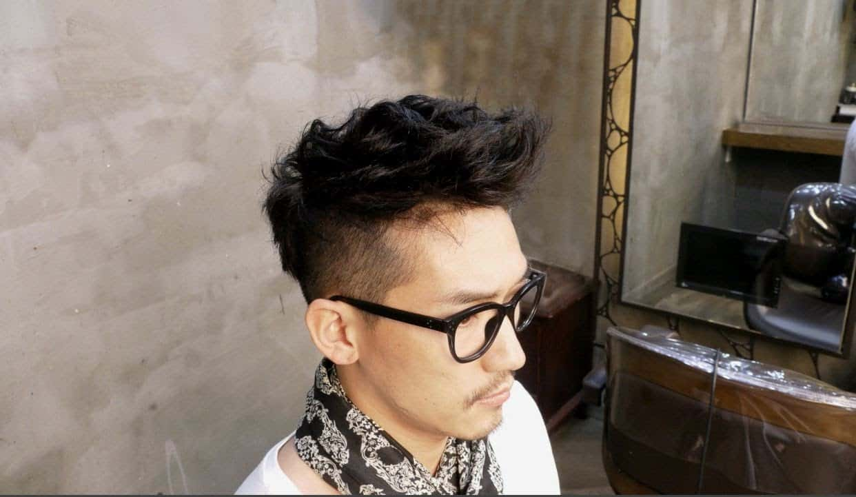 Textured – classic mens hairstyle