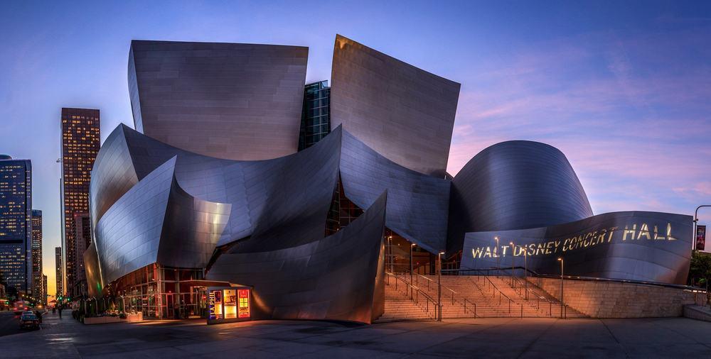 Walt Disney Concert Hall – architectural wonder