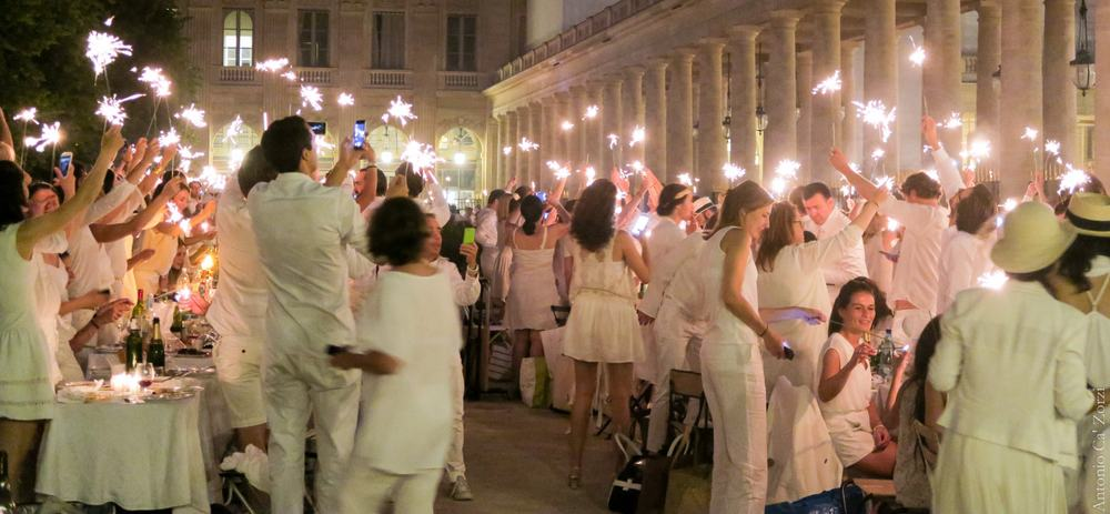 Wearing White – wedding etiquette