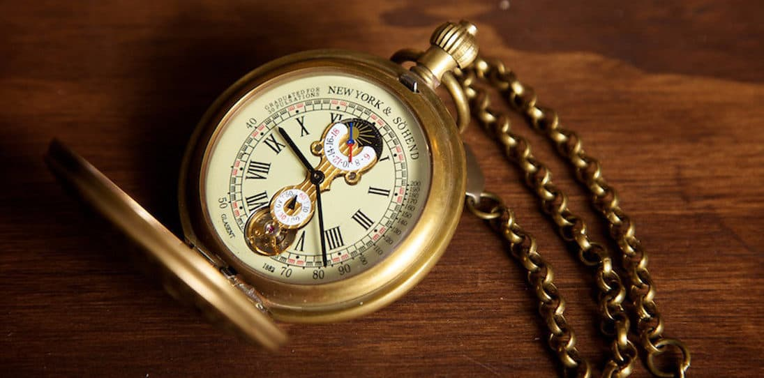Analog Tech Guide: How (and Why) To Use a Chronograph