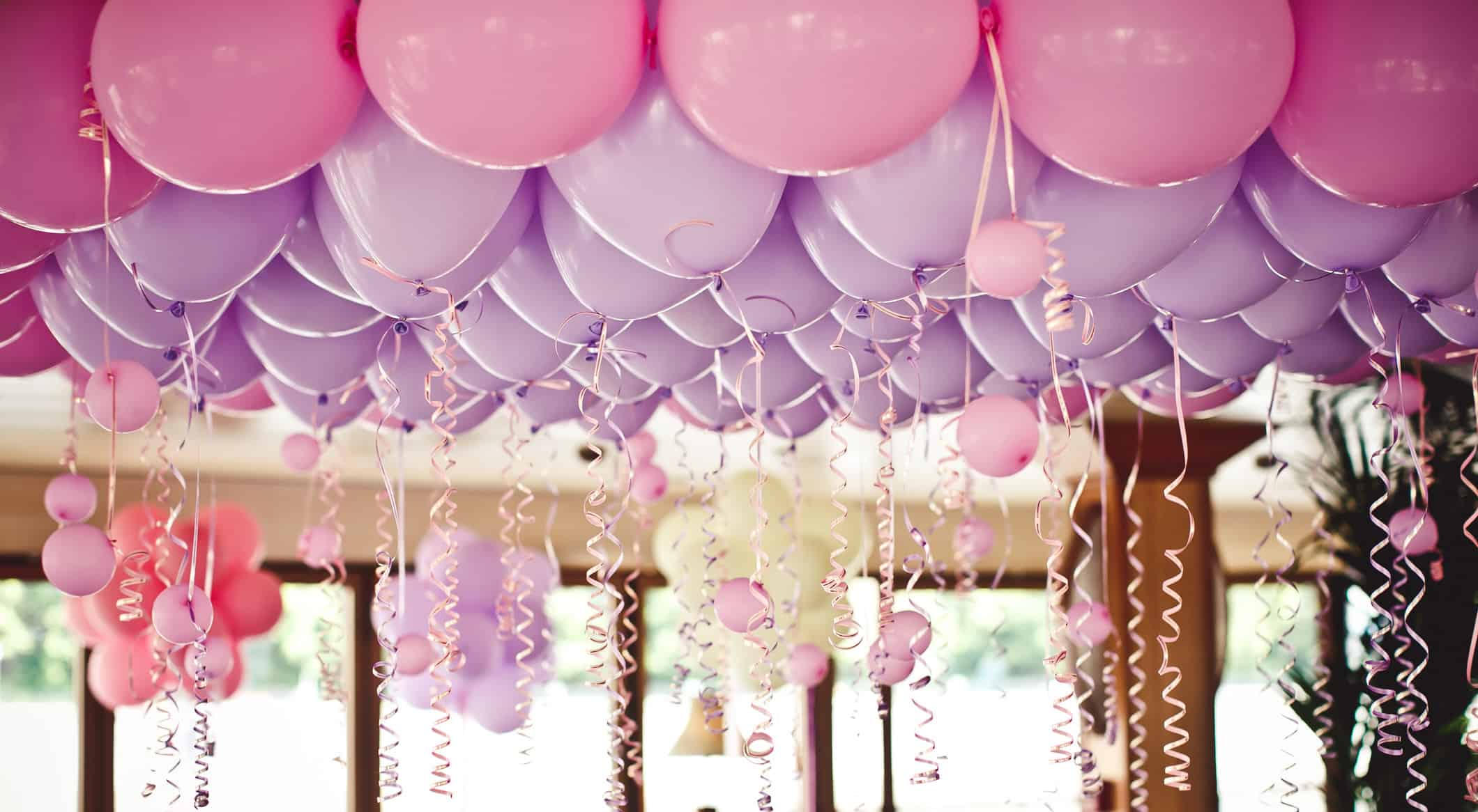 Big Bright Balloons – wedding decorations