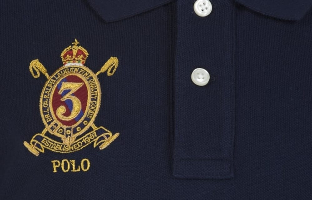 Crests and Logos – how to wear polo shirt