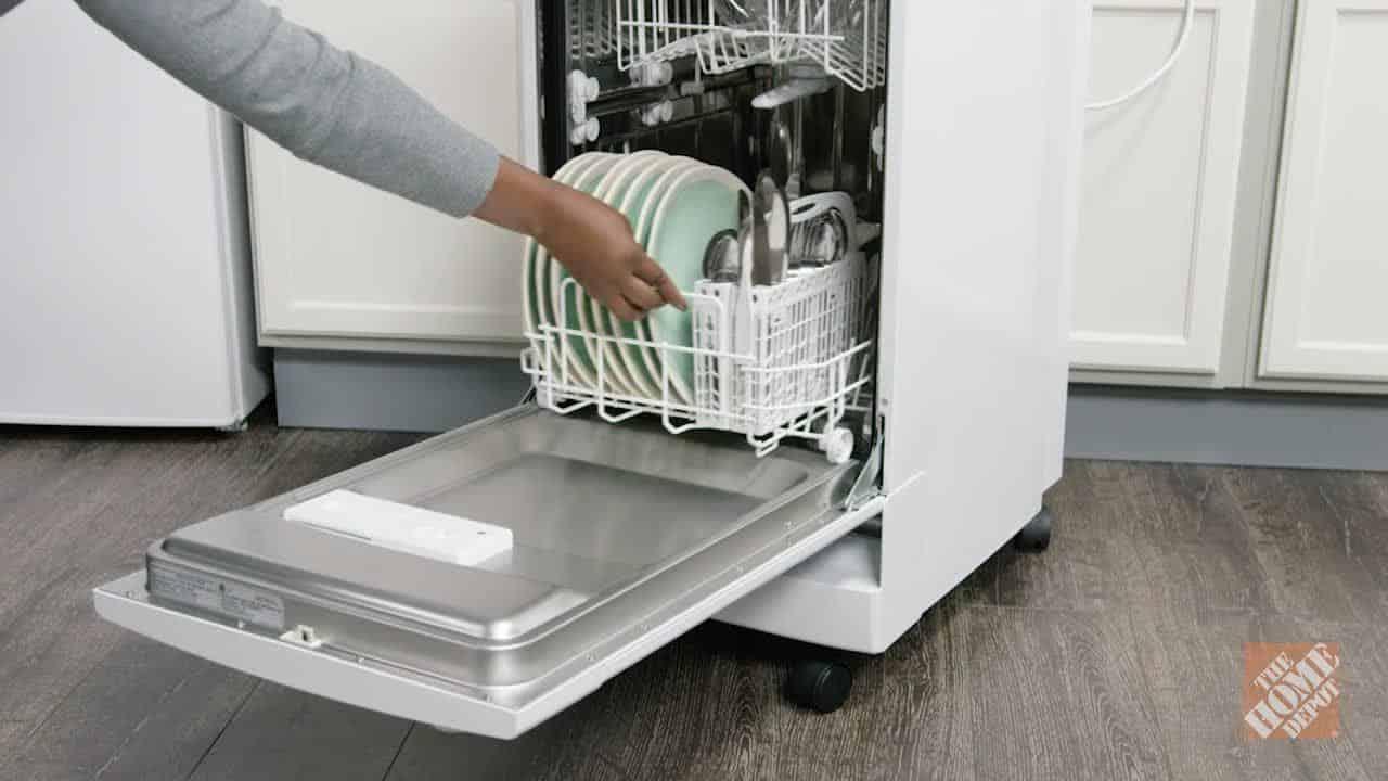 Danby DDW1801MWP – best dishwasher