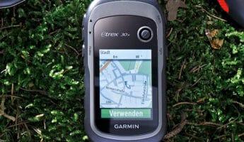 Garmin eTrex 30x handheld gps 345x200 The 9 Best Handheld GPS For Hiking and Wilderness Survival