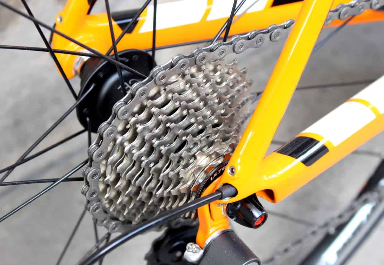 How to use road bike gears efficiently (Pic: George Scott/Factory Media)