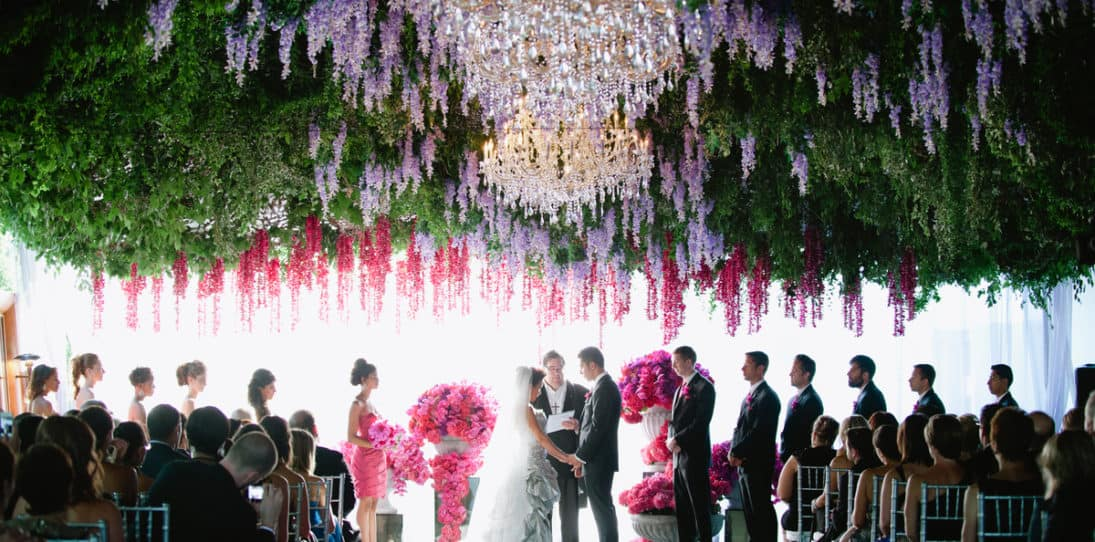 25 Simple, Affordable Wedding Decoration Ideas