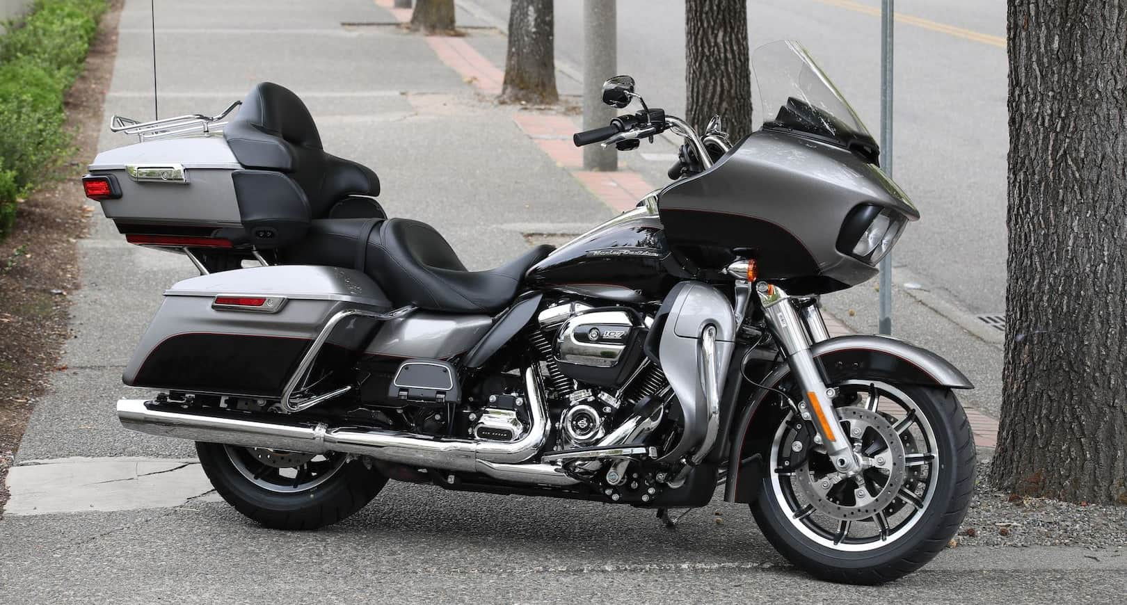 Harley-Davidson Road Glide – commuter motorcycle