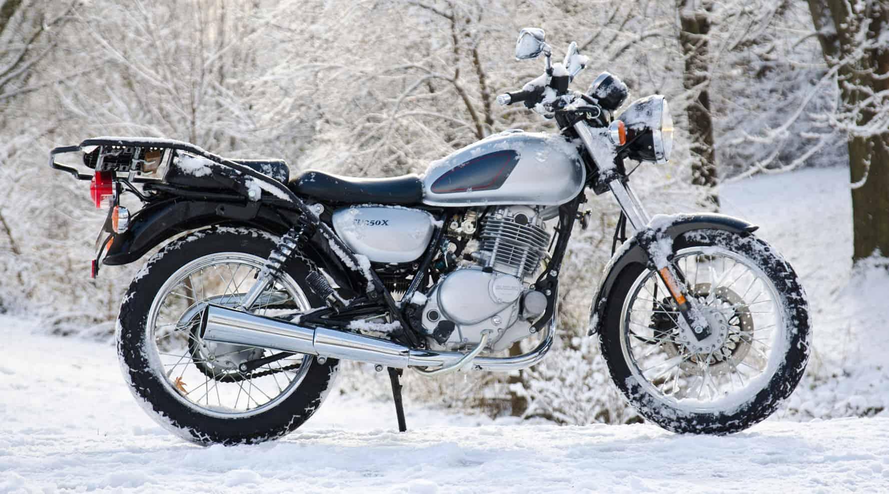 Suzuki TU250X – commuter motorcycle