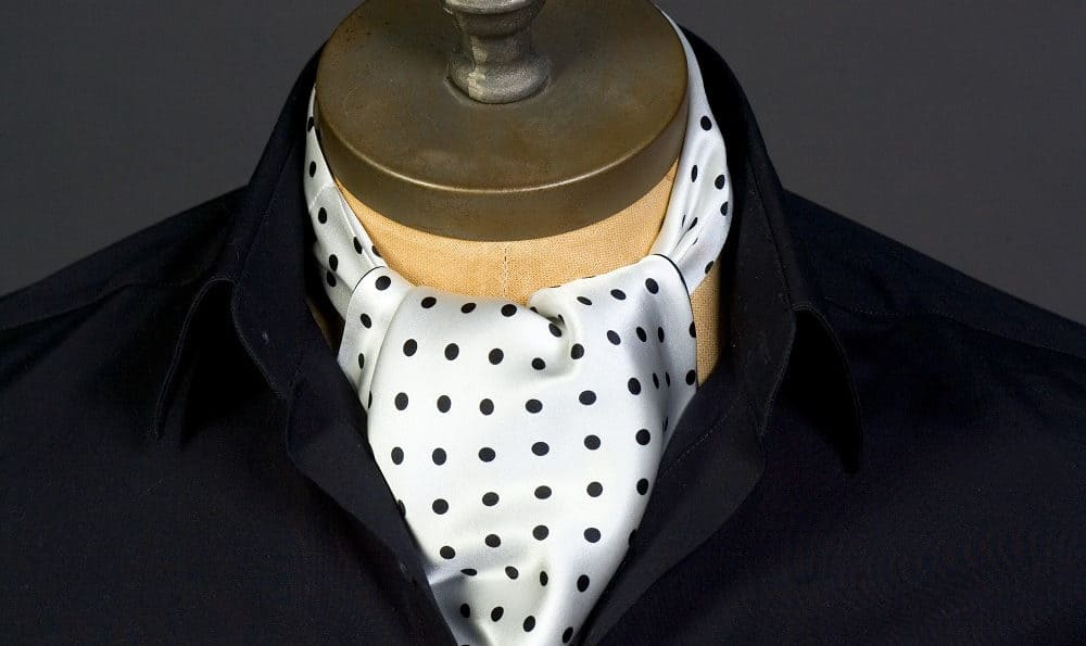 A Note On Pleats – wearing a cravat or ascot