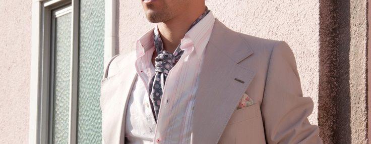 Ascot – wear a cravat