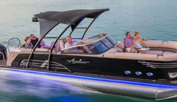 The Modern Pontoon Boat Mi Together Best Of Both Watery Worlds They Have Playfulness Sport Made For Turns Hopping Over Chop