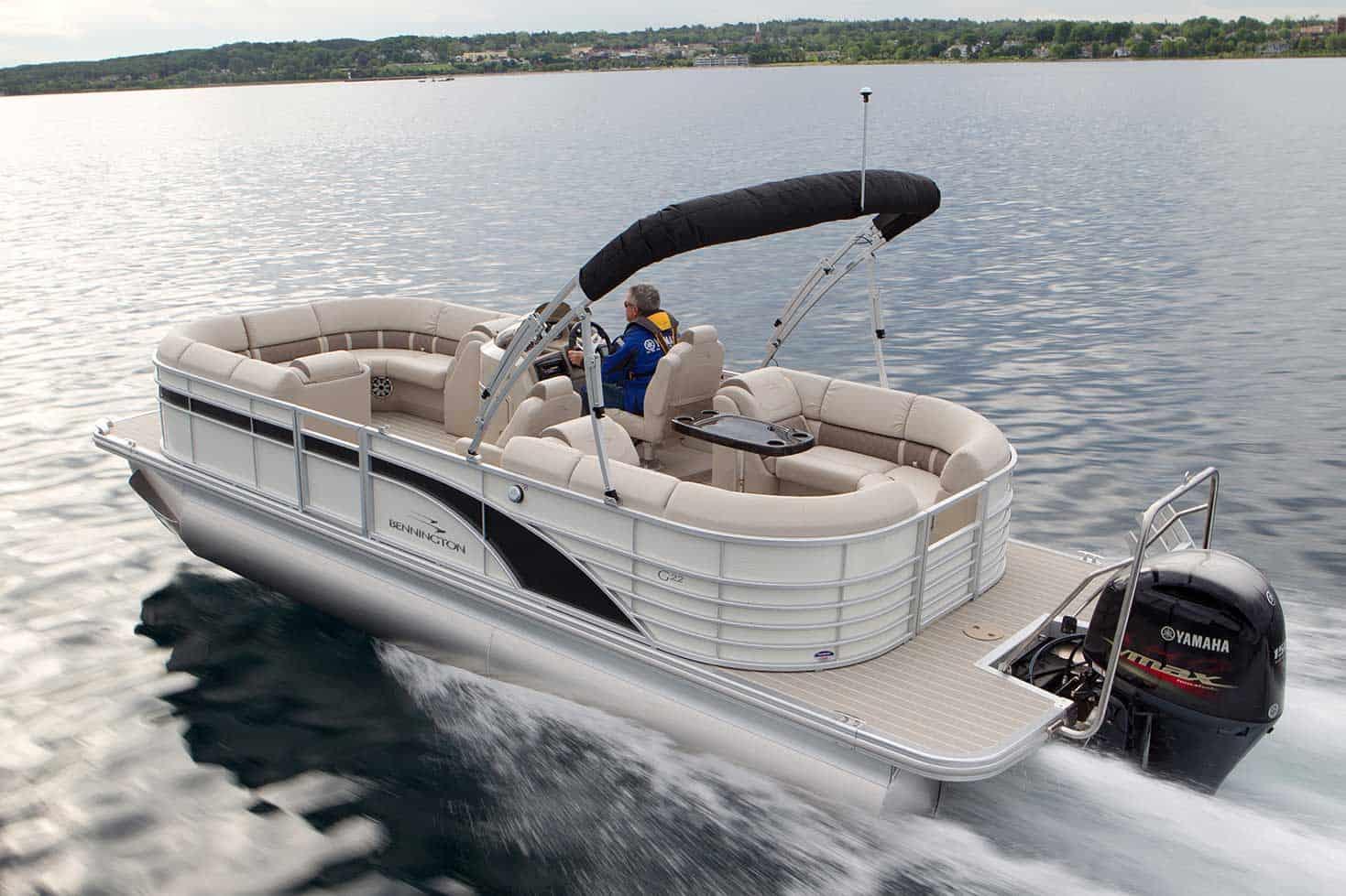 Bennington 2250 GSR – pontoon boat