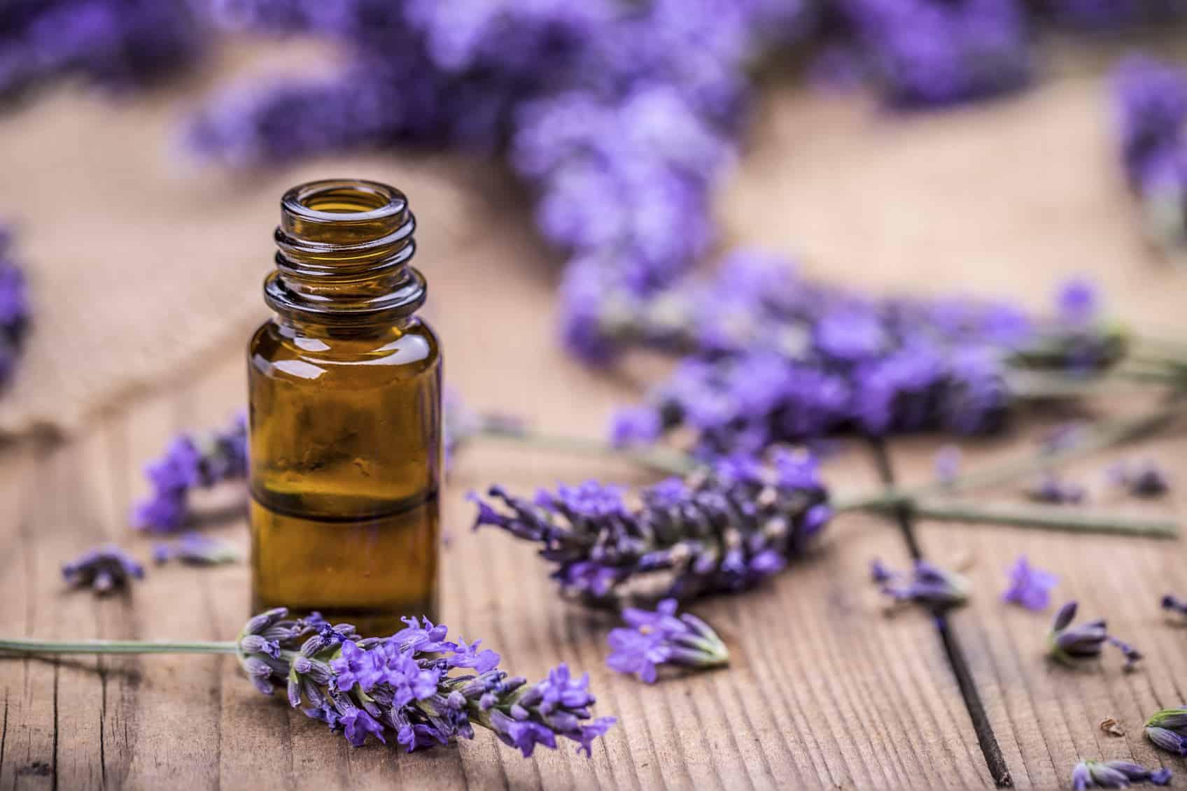 Essential Oils – improve house smell