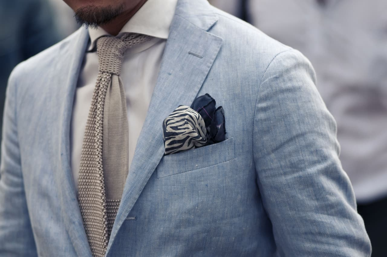 Accessories – men dress for body type