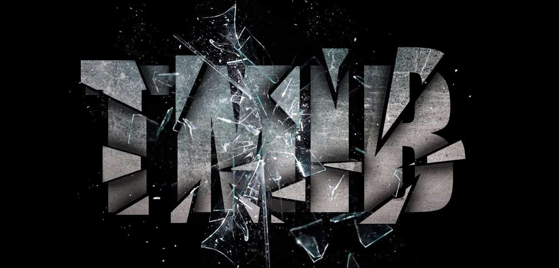 Broken Pieces – graphic design trend