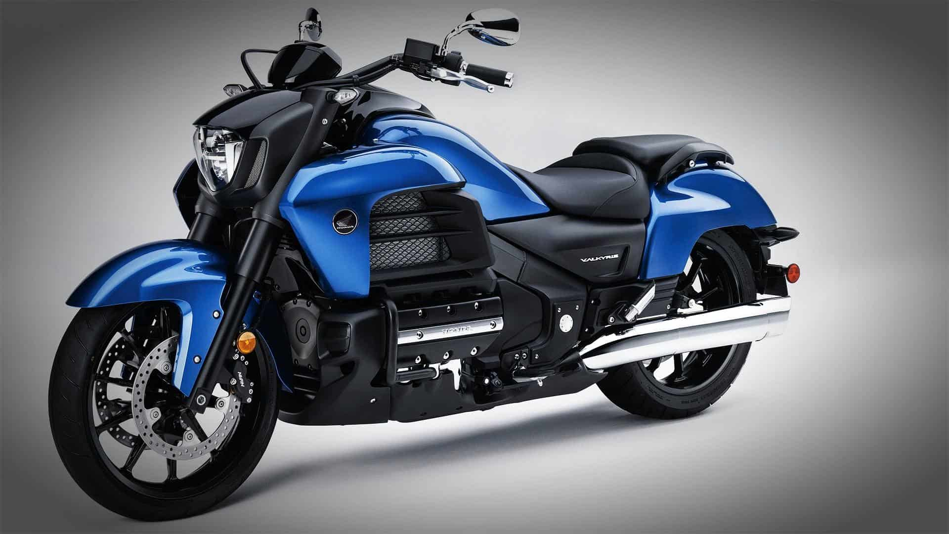 Honda Gold Wing Valkyrie – japanese motorcycle