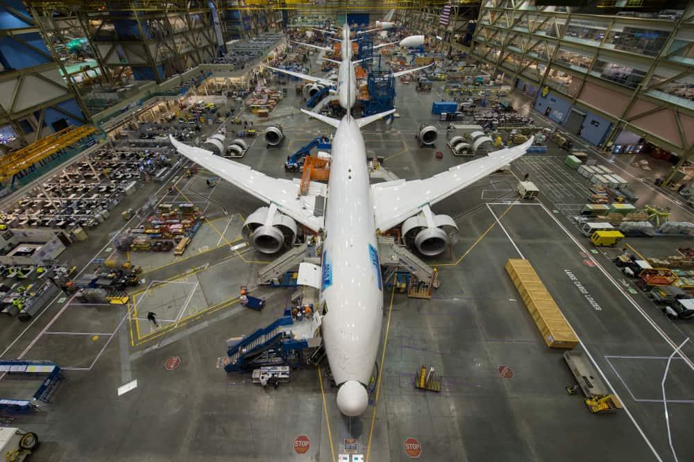 787 Factory December 2013K66032-01