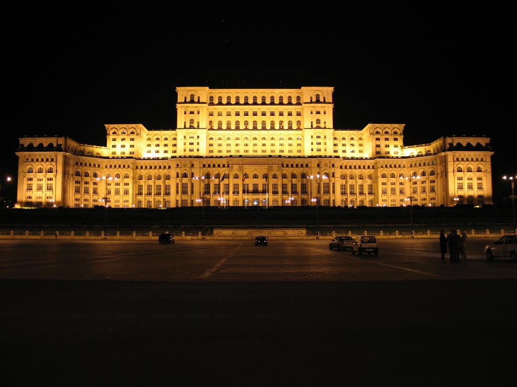 Palatul Parlamentului, Bucharest – largest building