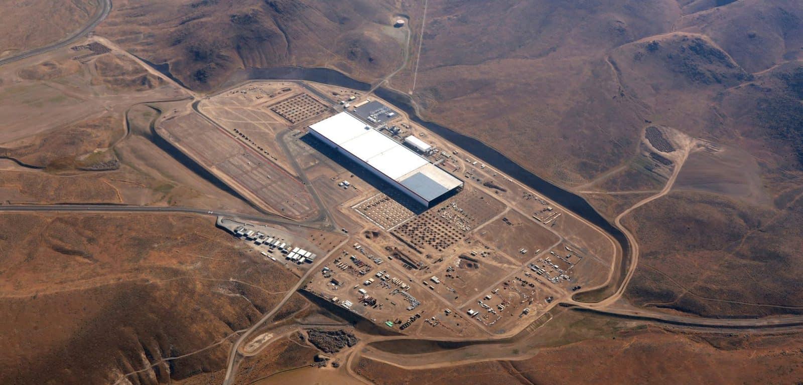 Tesla Gigafactory – largest building