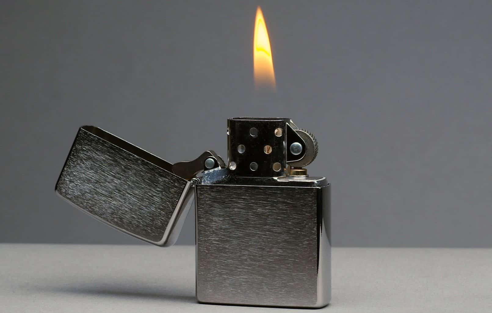 Zippo Lighter – start a fire