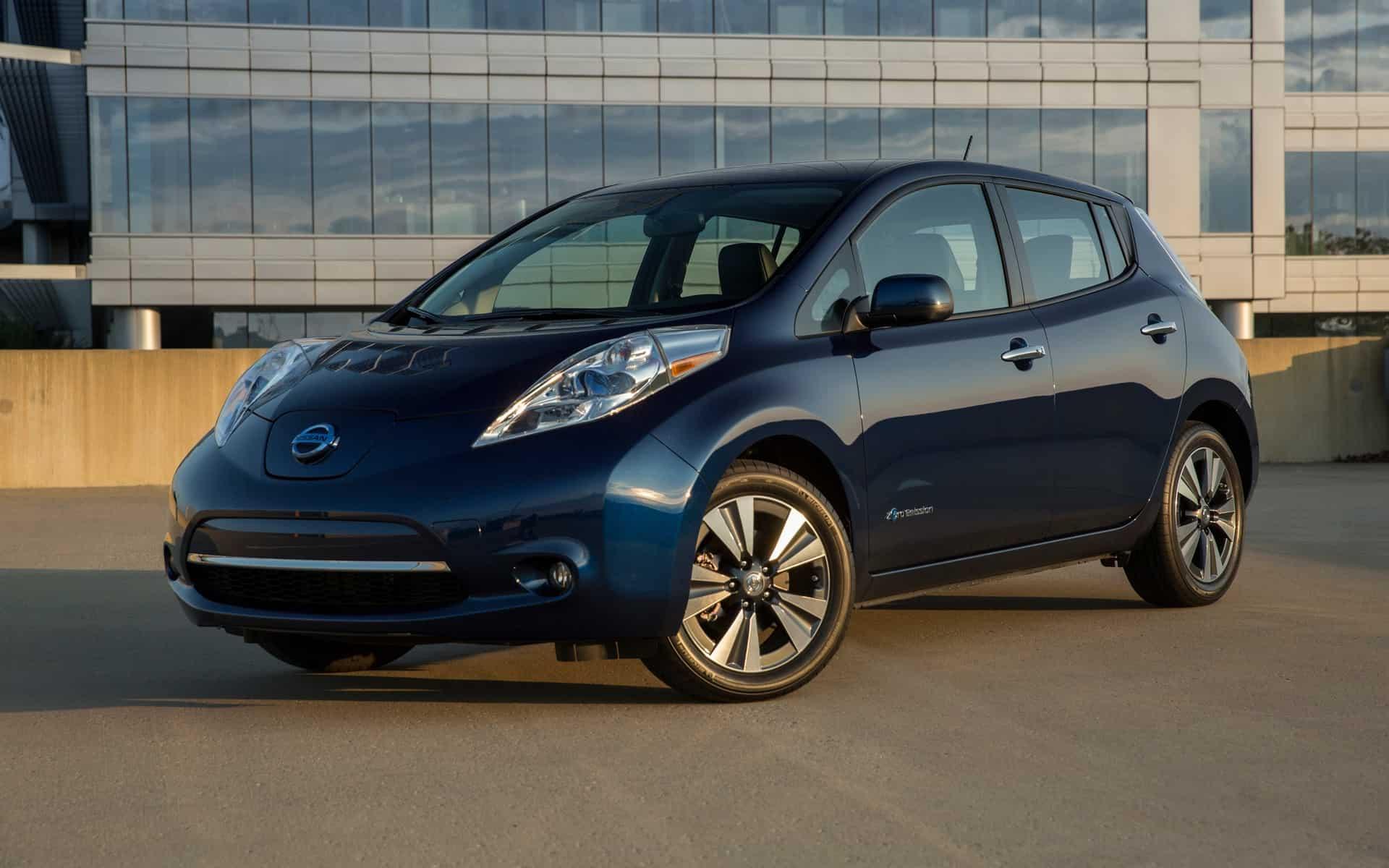 Nissan LEAF SV – electric car