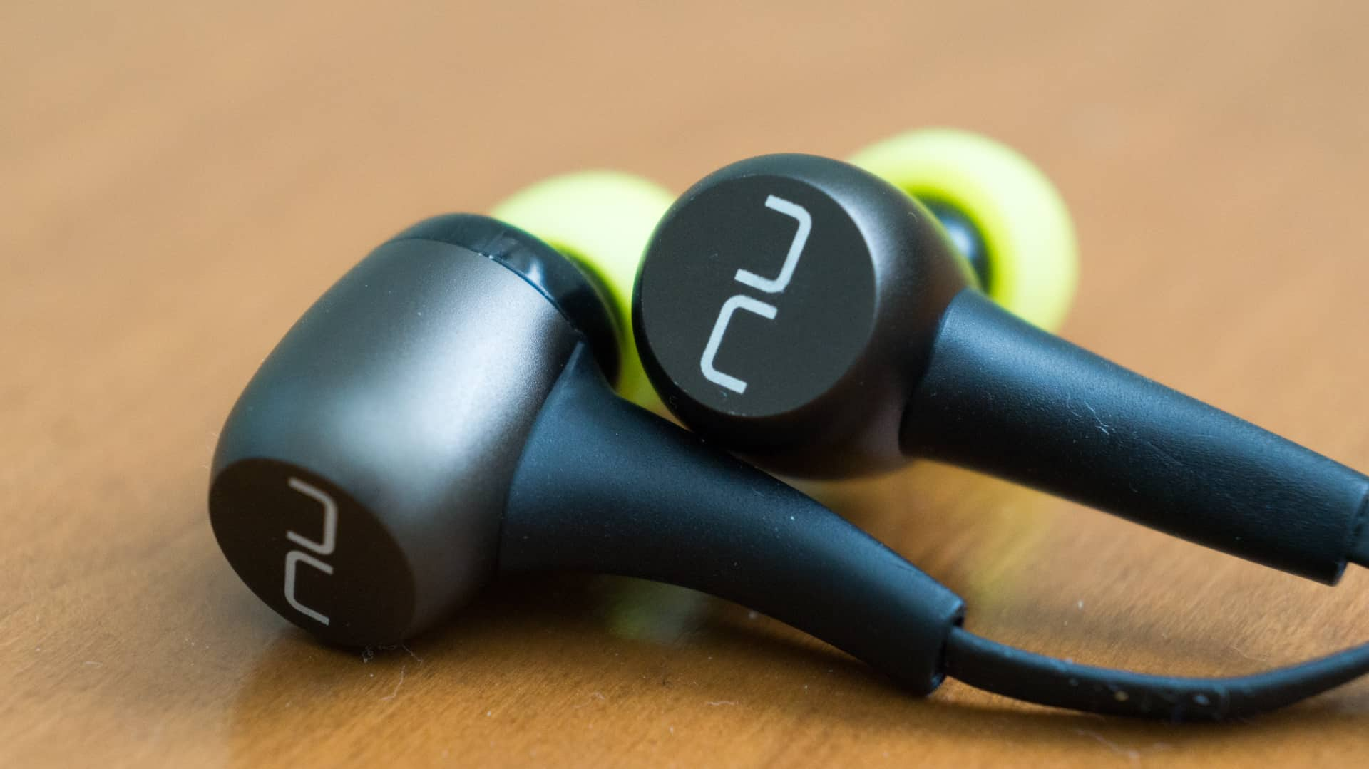 Optoma NuForce BE Sport3 – bluetooth earbud