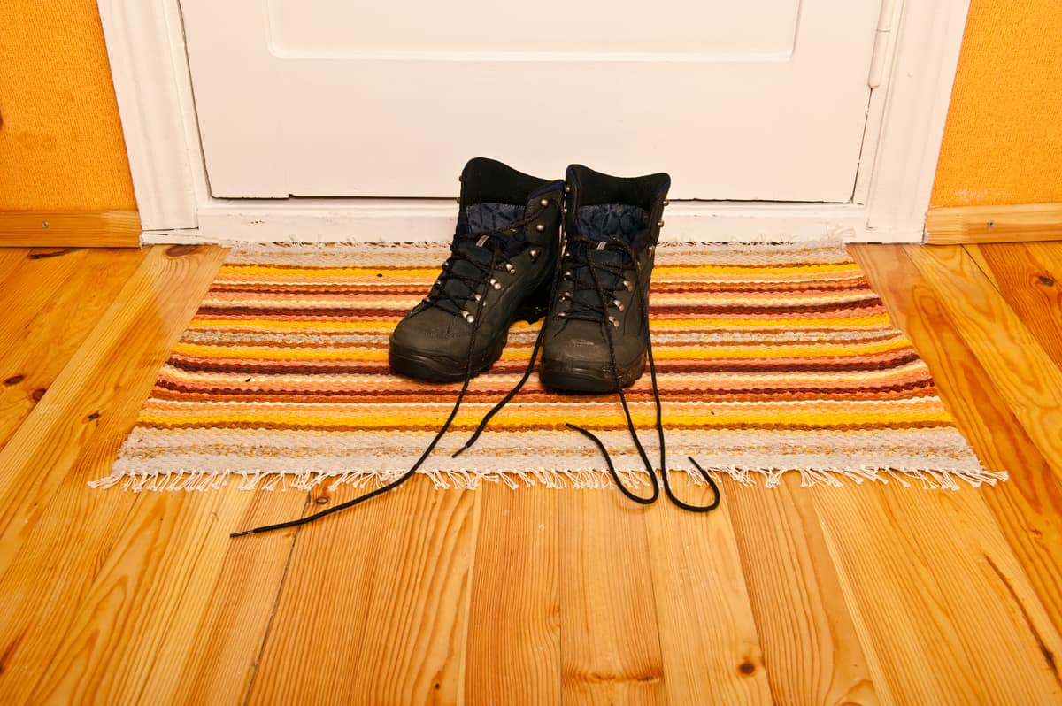 Shoe Toss Marriage Prediction – holiday tradition