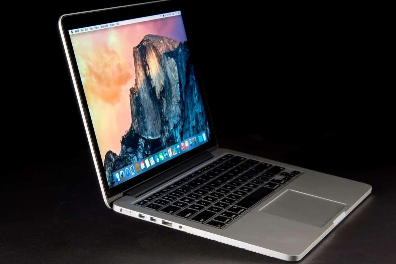 Apple – laptop brand