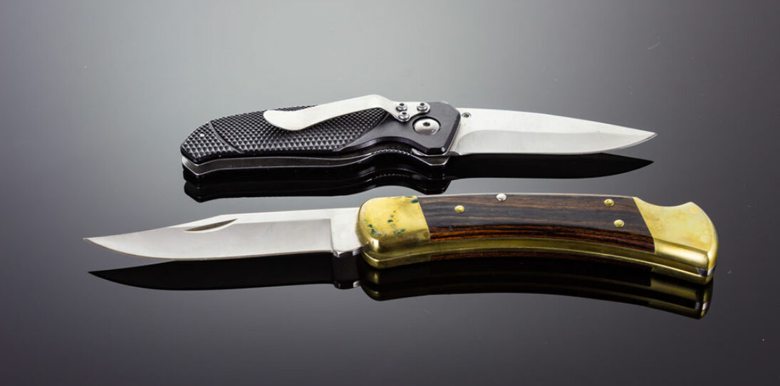 Automatic knives