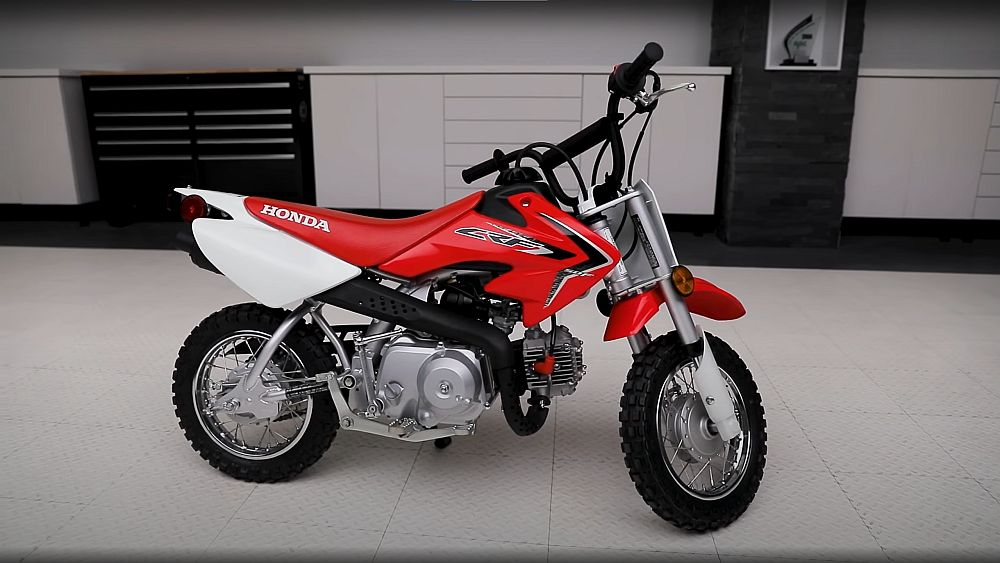 Honda CRF50 dirt bike for kids Best 50cc Dirt Bikes for Kids (4, 5 and 6 Year Olds) Reviewed