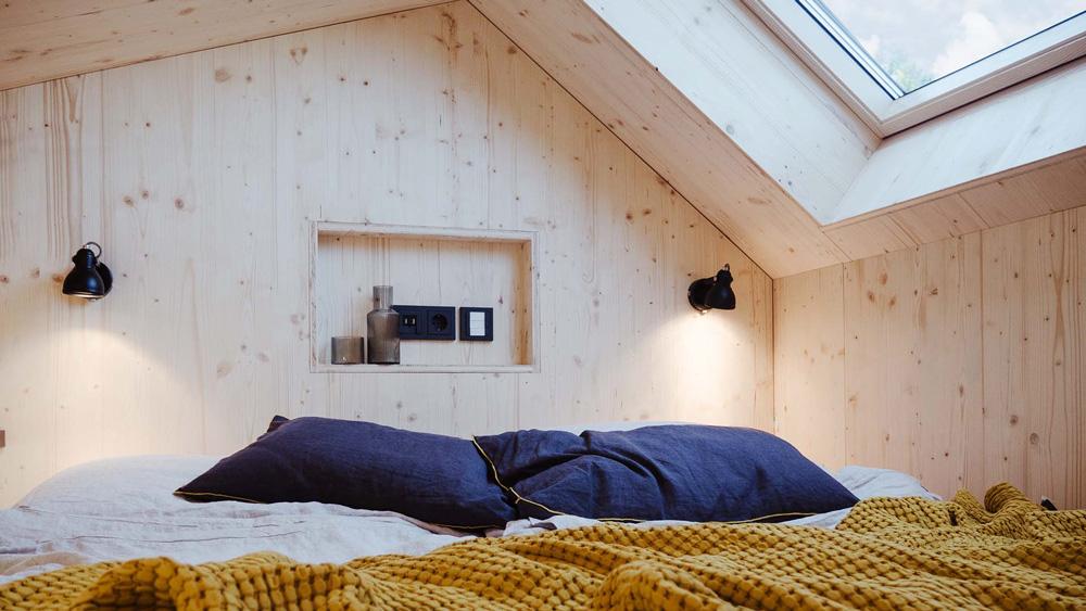 Cabin One Minimal House – bedroom design