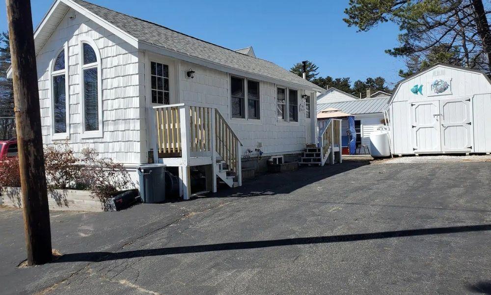 Beachside Airbnb Maine Cottage