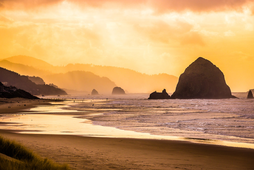 Haystack Rock Cannon Beach on the Oregon Coast 18 Most Beautiful Places in Oregon for Great Adventure