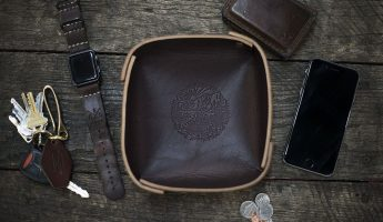 Leather valet tray - mocha