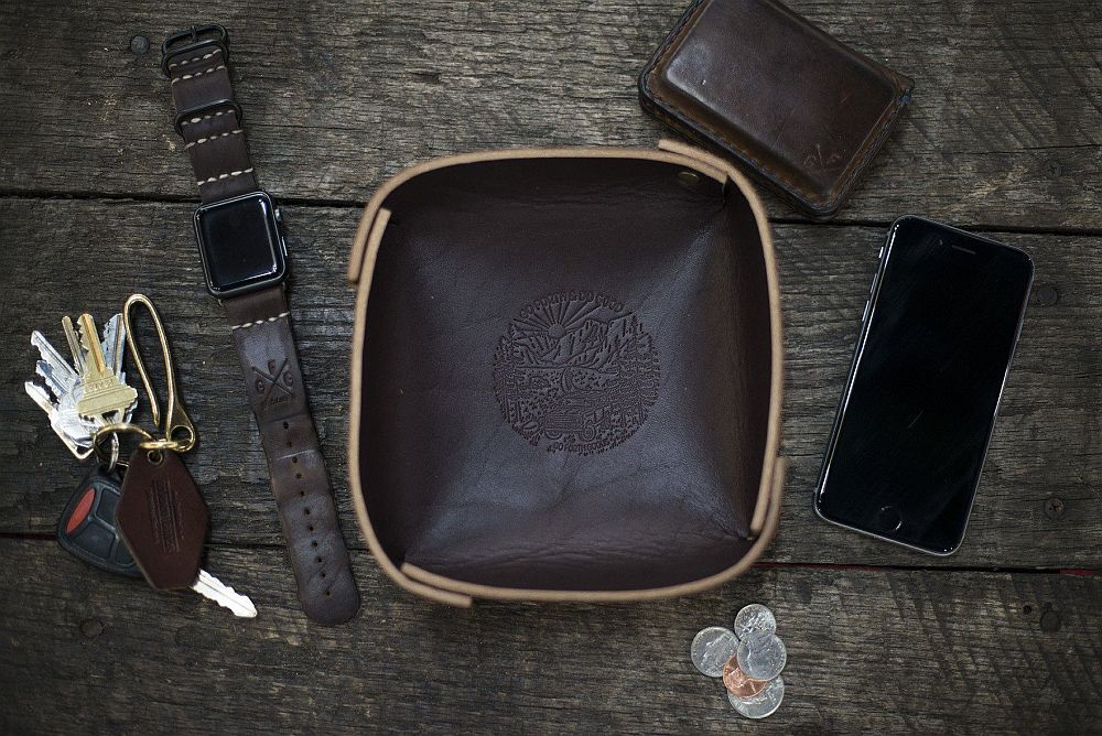 Leather valet tray mocha Top 17 Leather Valet Trays to Organize Your EDC
