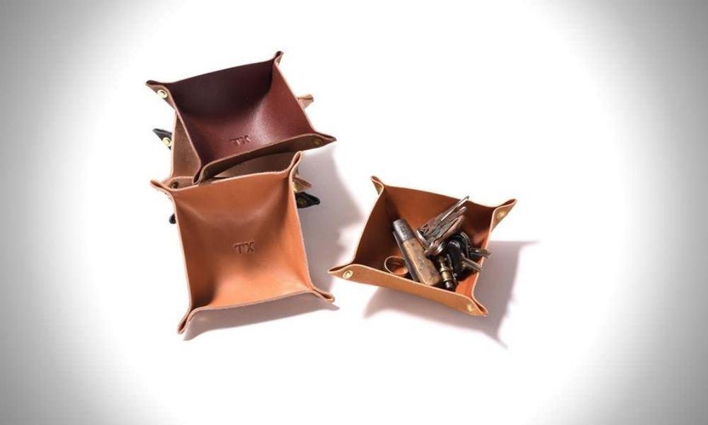 Manready Mercantile Leather Valet Tray