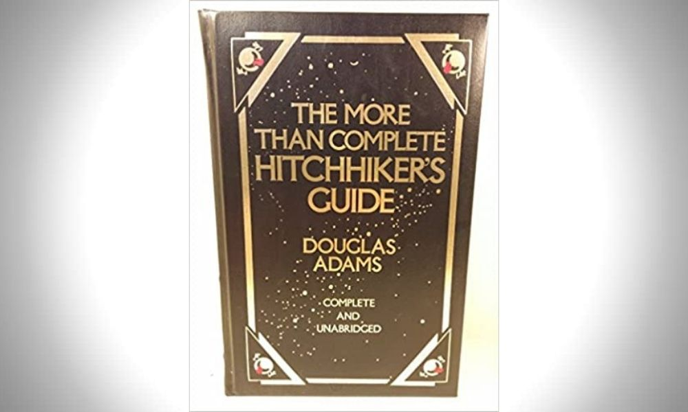 More than Complete Hitchhiker's Guide - Douglas Adams