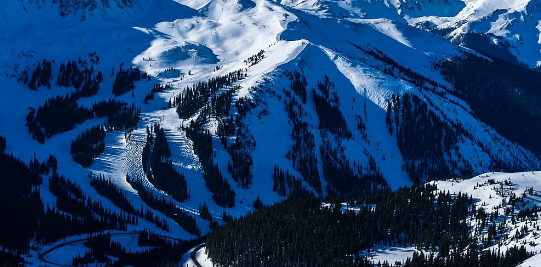 Best Ski Resorts in US
