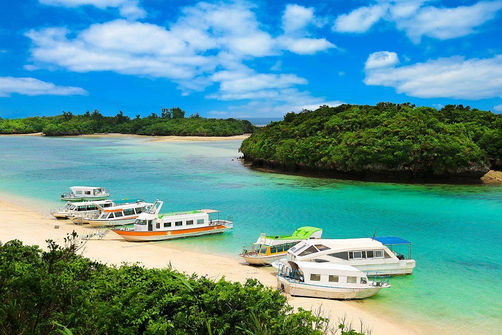 Kabira Bay, Ishigaki Island, Okinawa Prefecture