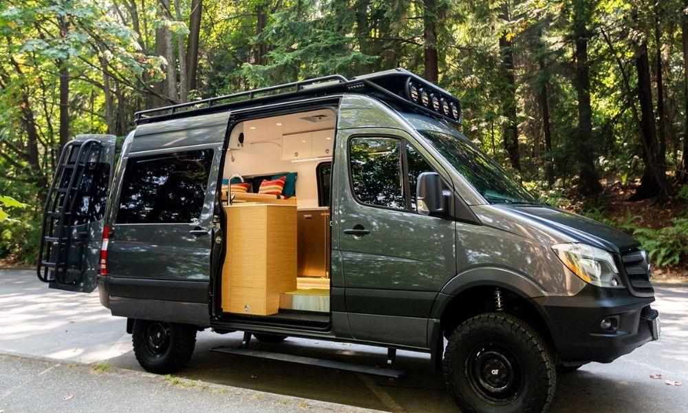 Nomad Vanz Sprinter – Yin Yang – best camper van