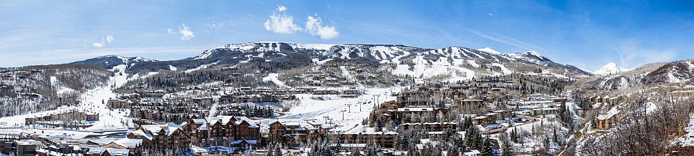 Panorama of Snowmass Mountain ski area in Aspen, Colorado