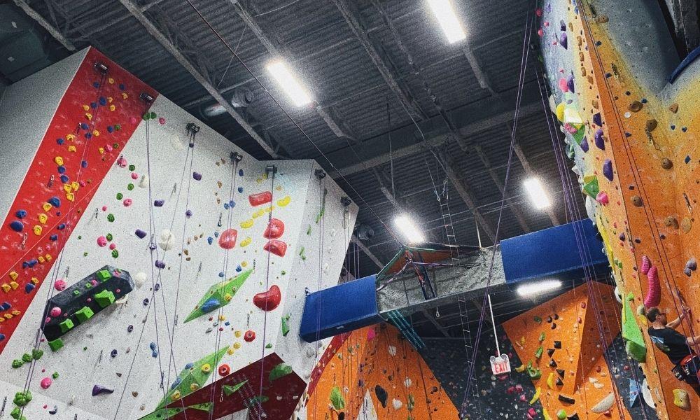 spot climbing