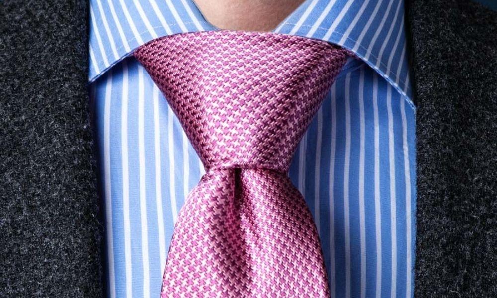 The newsworthy Pratt Knot