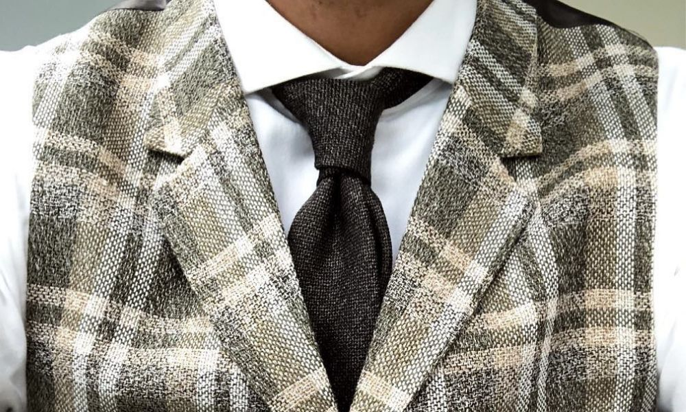 The distinguished Prince Albert knot