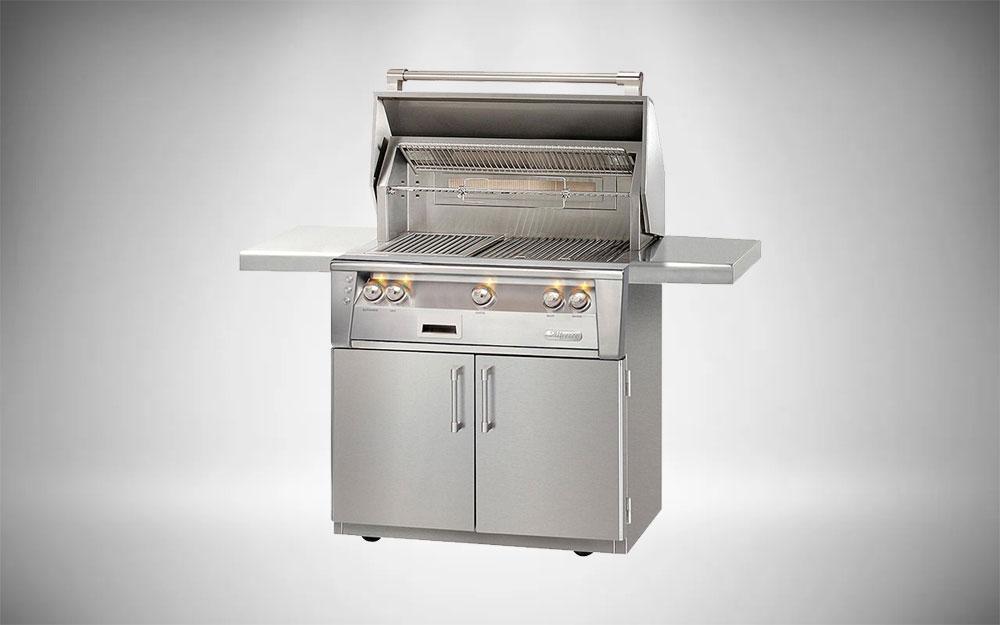 Blaze Professional LUX 3-Burner Grill with Rear Infrared Burner