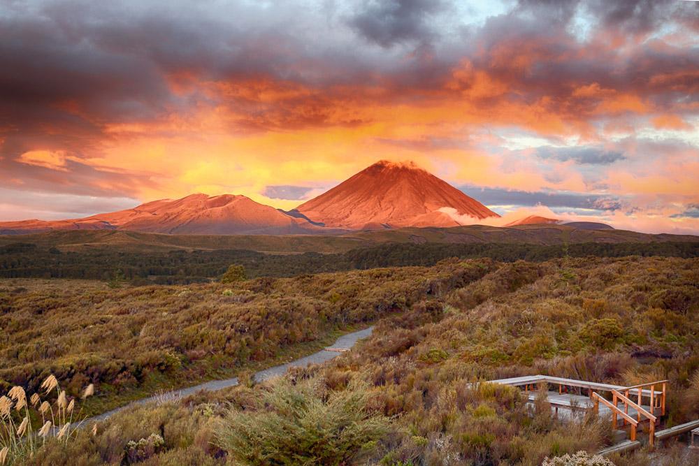 Sunset at Mt Ngauruho, New Zealand - Tongariro National Park