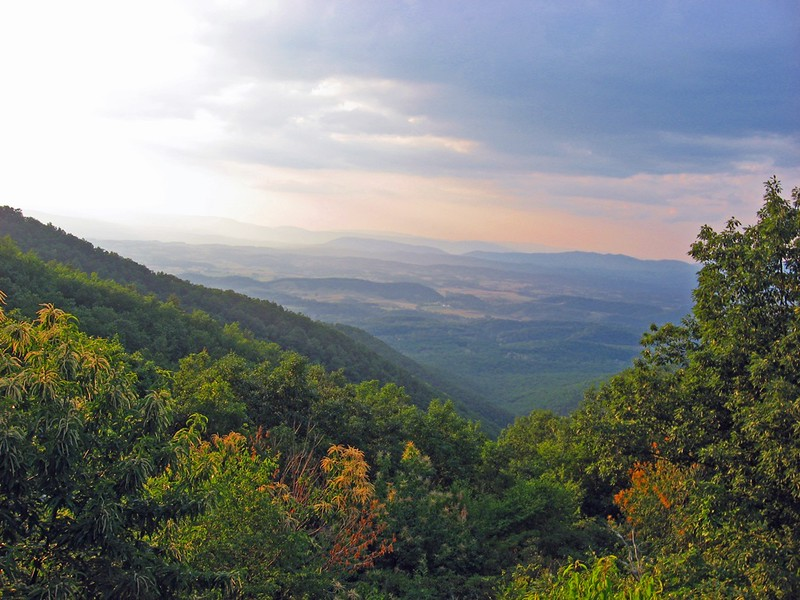 AppTrailView 28 Must Stay Appalachian Trail Shelters (State by State Guide)